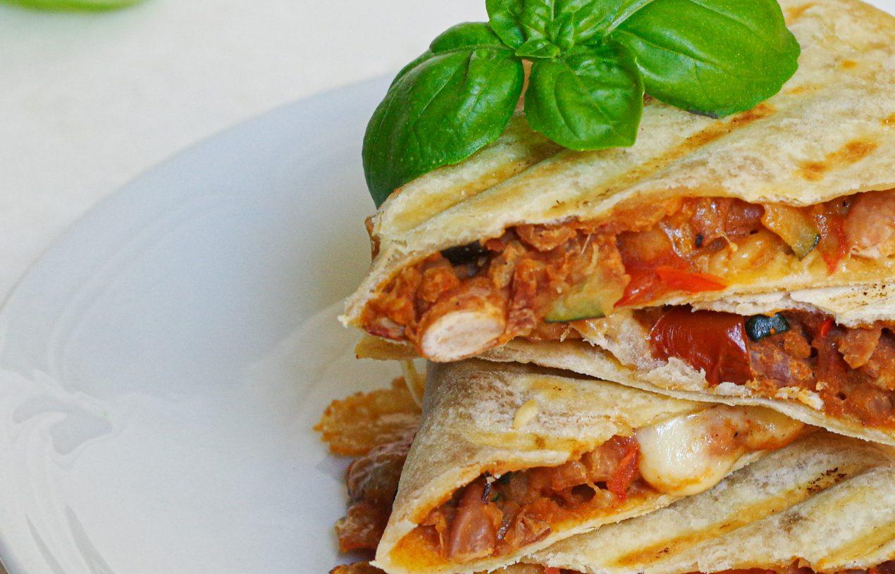 Quesadillas mit Bohnen-Gemüse-Füllung